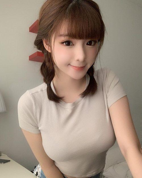 芦田愛菜に激似の超美人巨乳マレーシア人27