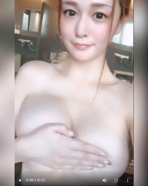橘メアリー Hカップ爆乳AV女優の自撮りエロ画像&動画まとめ