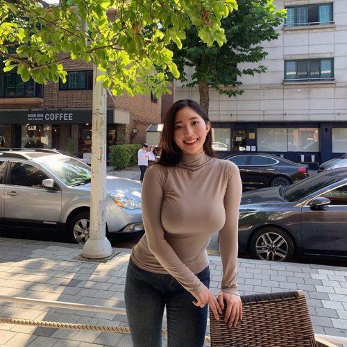 Instagramの爆乳韓国人5