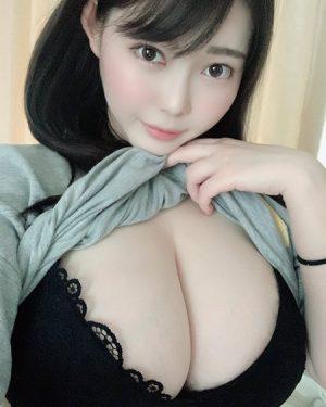 伊川愛梨 デカパイ自撮りまとめ!Jカップ爆乳グラドル