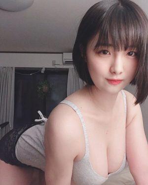 大間乃トーコ 美少女爆乳グラドルの自撮りエロ画像&動画まとめ